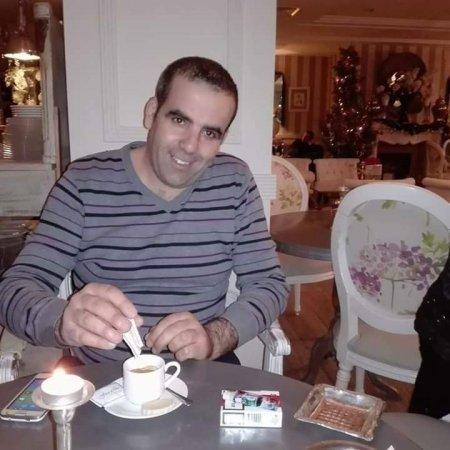 rencontre vieux gay astrology à Aix les Bains