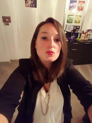 Rencontre des célibataires à Poitiers-(86) - Rencontres gratuites pour célibataires